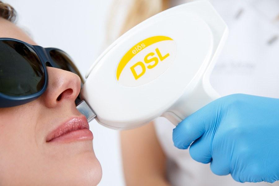 laserontharen refleqt clinic
