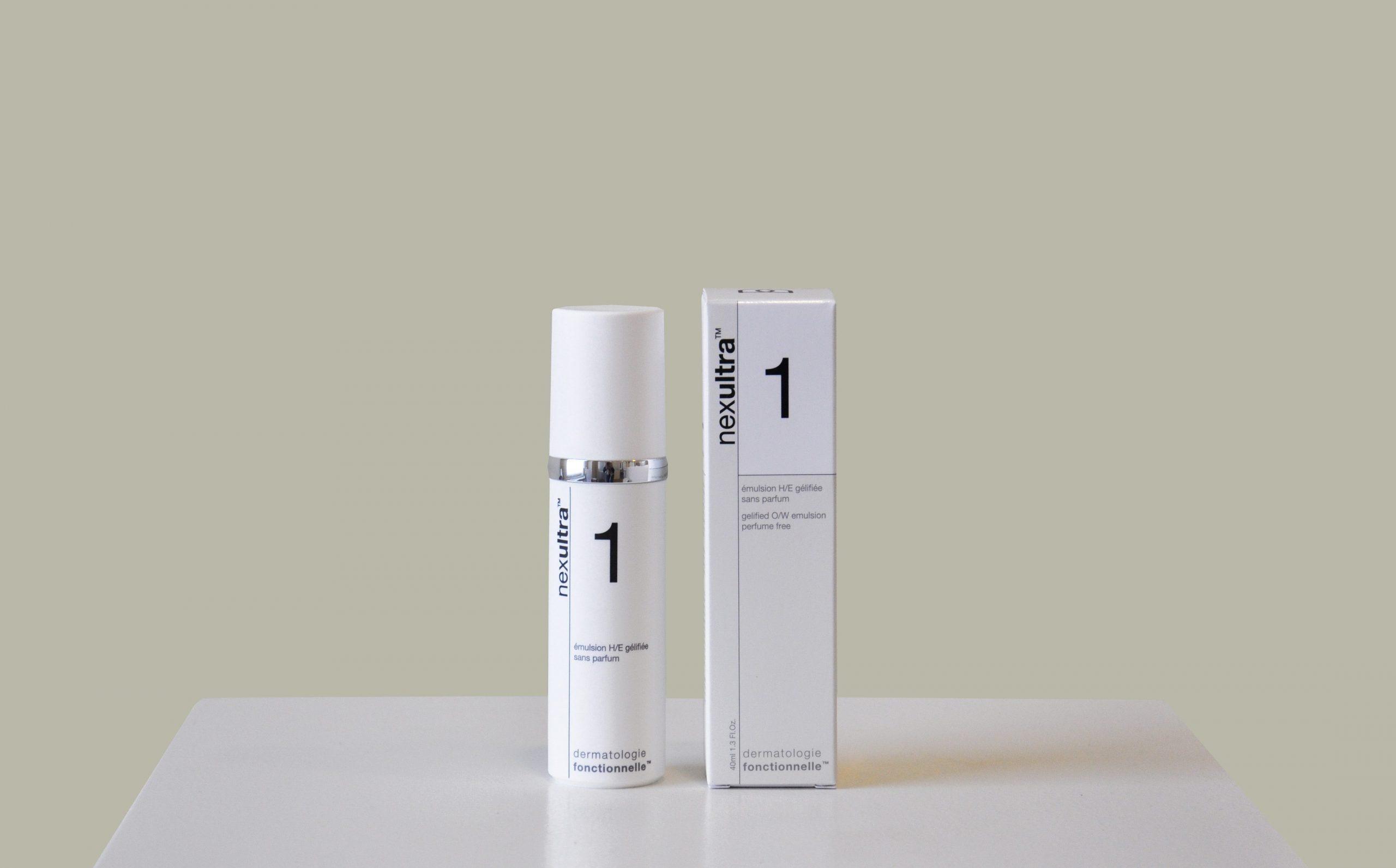 bol.com | Clinique Aromatics Elixir 100 ml - Eau de Parfum ... | 1593x2560