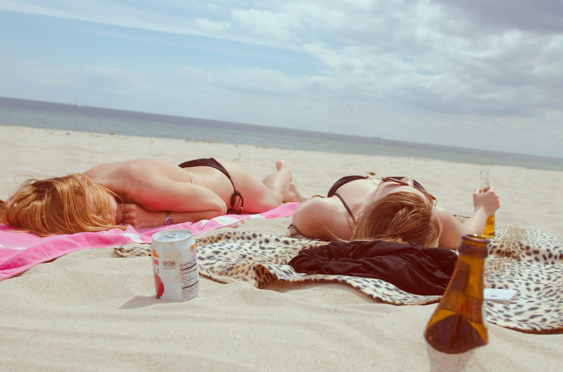 Zonnestraling is verantwoordelijk voor 80% van de huidveroudering ~ Refleqtclinic.nl