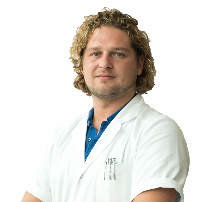 Drs. Robin Snijders